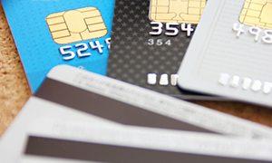 家族が買い物依存症で、 クレジットカードで次々と買い物する
